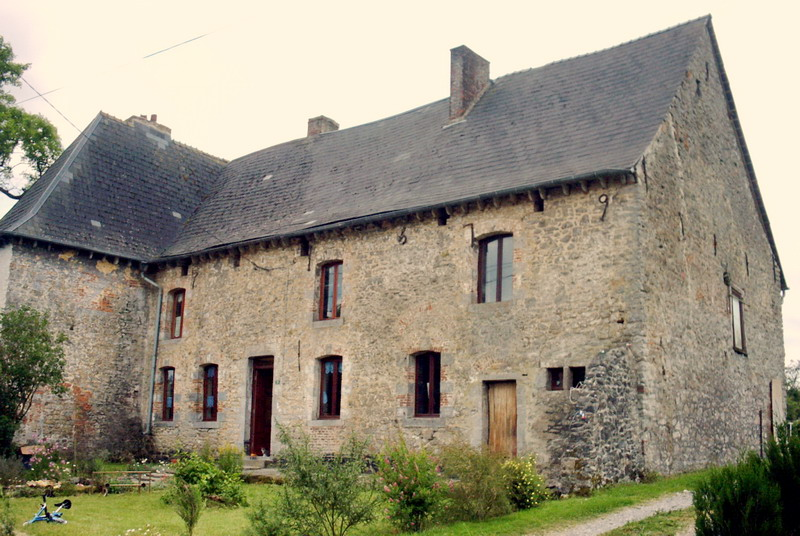 F ron 59610 avesnois thi rache for Photos maisons anciennes